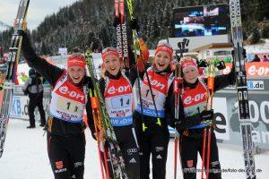 Staffel Deutschland - Vanessa Hinz, Franziska Preuß, Luise Kummer und Franziska Hildebrand - Platz 1 Staffel Hochfilzen 2014