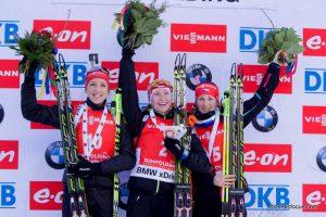 Franziska Preuss (GER), Darya Domracheva (BLR), Veronika Vitkova (CZE)