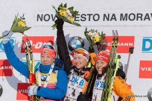 Kaisa Maekaeraeinen (FIN), Darya Domracheva (BLR), Laura Dahlmeier (GER)
